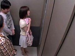 Naughty Chick Gets A Good Bang In An Elevator